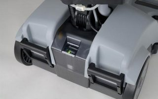 lindhaus lw46 hybrid battery electric floor scrubber drier machine battery indicator